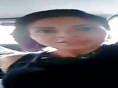 In de auto met de hottie